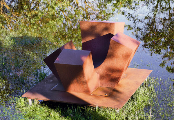 4-Up by Jan Hoy coming to Price Sculpture Forest sculpture park