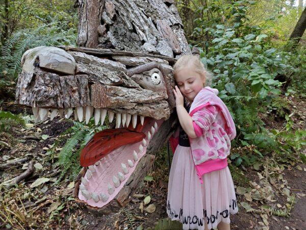 Eva with Joe Treat Tyrannosaurus Rex - photo by Dondi Budde of Oak Harbor