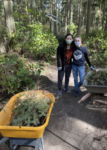 Sister Caldwell and Sister Bertasso volunteering at Price Sculpture Forest